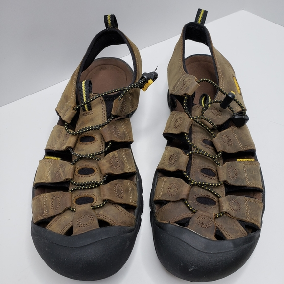 Women/'s Keen NEWPORT 1001870 Bison Pull-On Bungee Lacing Sport Sandal Shoes